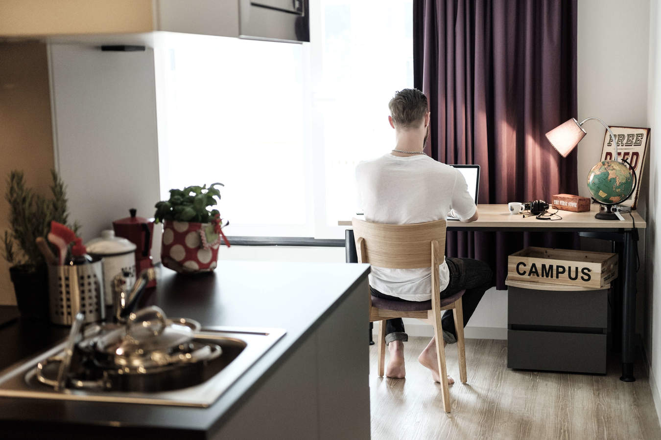 5._apartment_workplace.jpg_converted