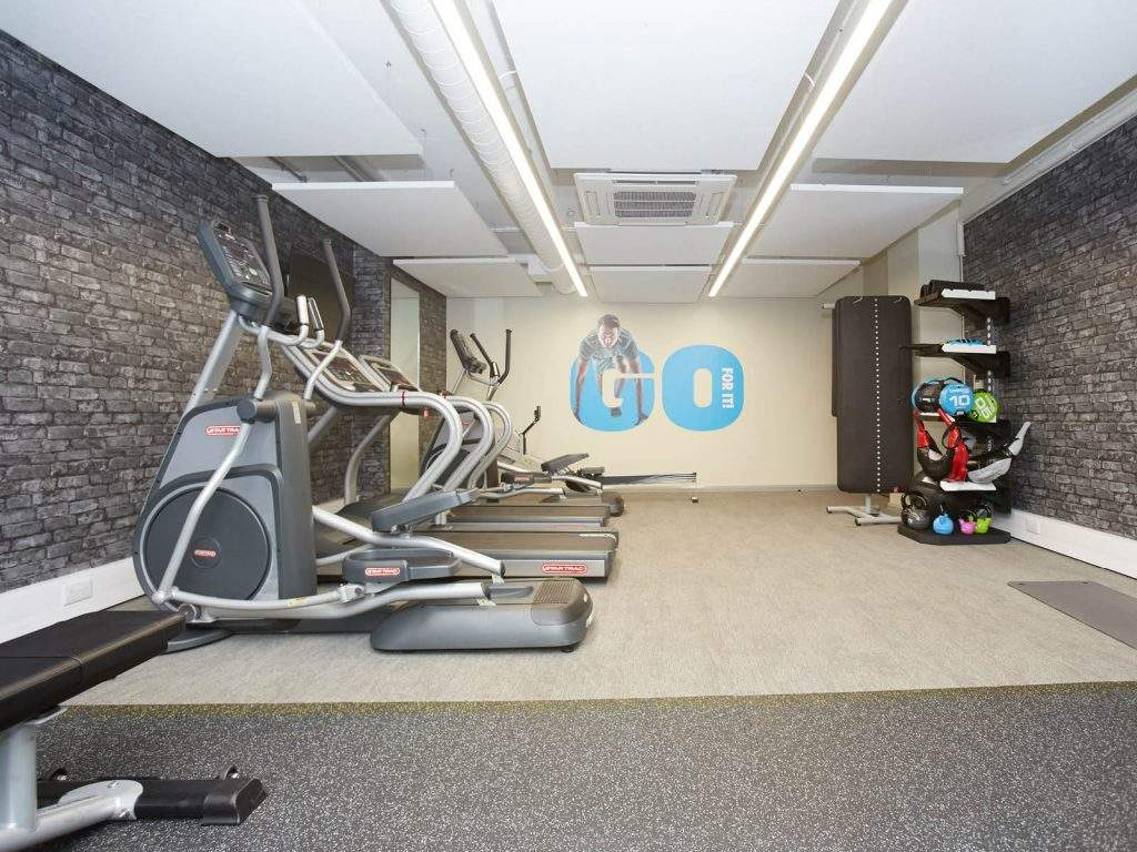 1600x1200-fsl-hampton-square-new-gym-2-1024x768