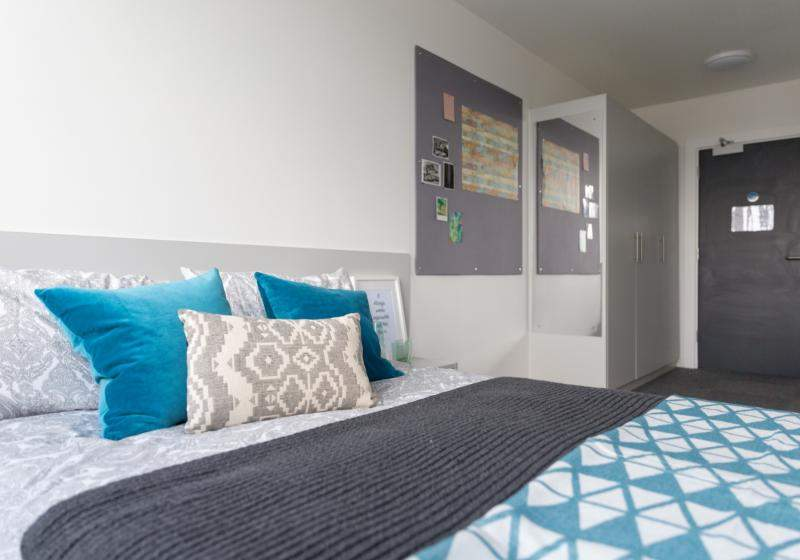 Iq_20newland_20-_20bronze_20plus_20bedroom_20(46_20of_2061)_5