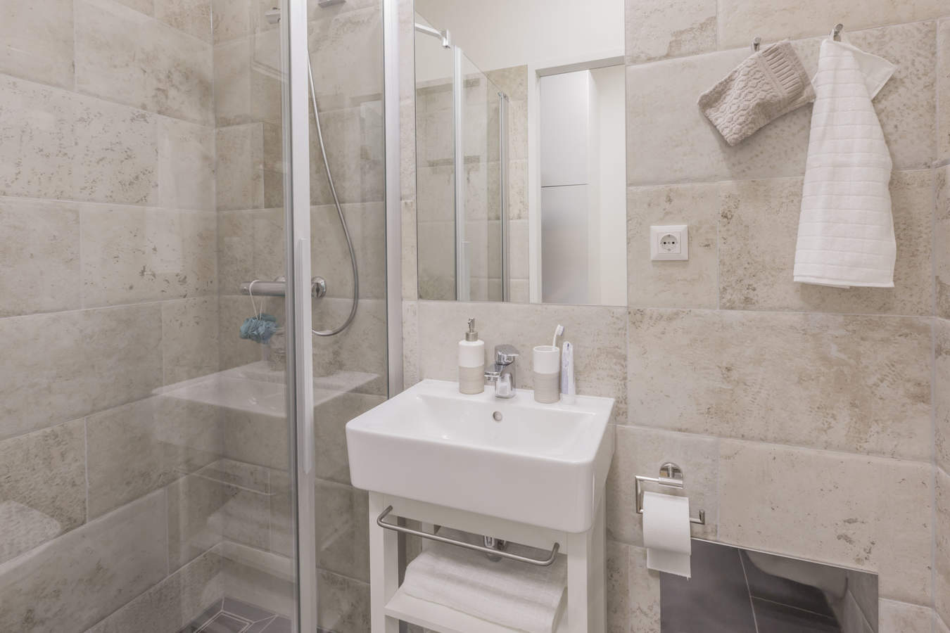 The-fizz-wien-business-apartment-single-studio-c_bathroom
