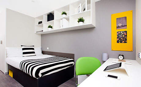 Abr_cw_brm_bedroom_461x285