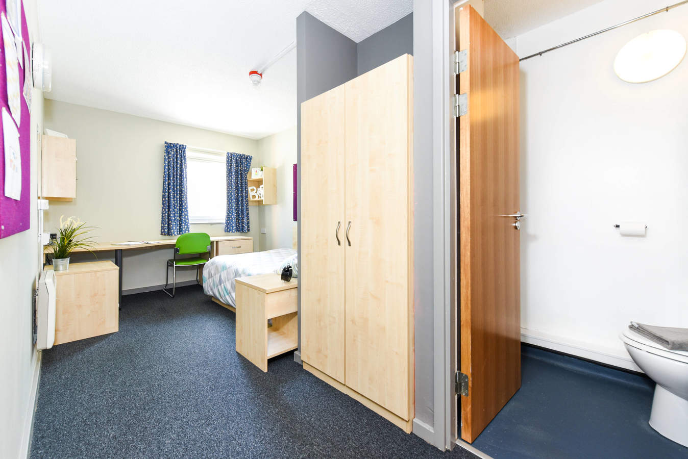 Liverpool-capital_gate_ensuite_converted