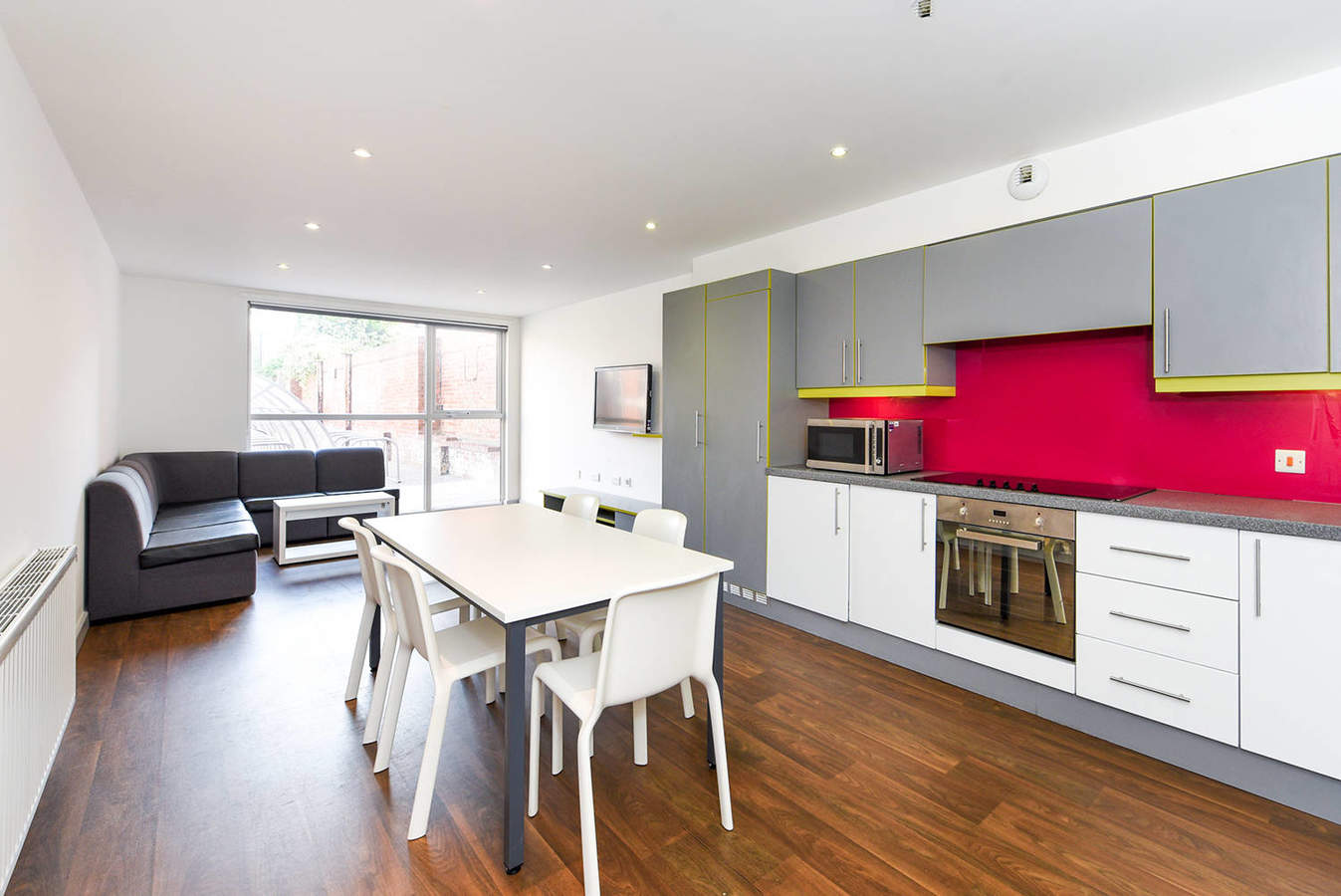 York_the_boulevard_-_communal_kitchen-2_converted