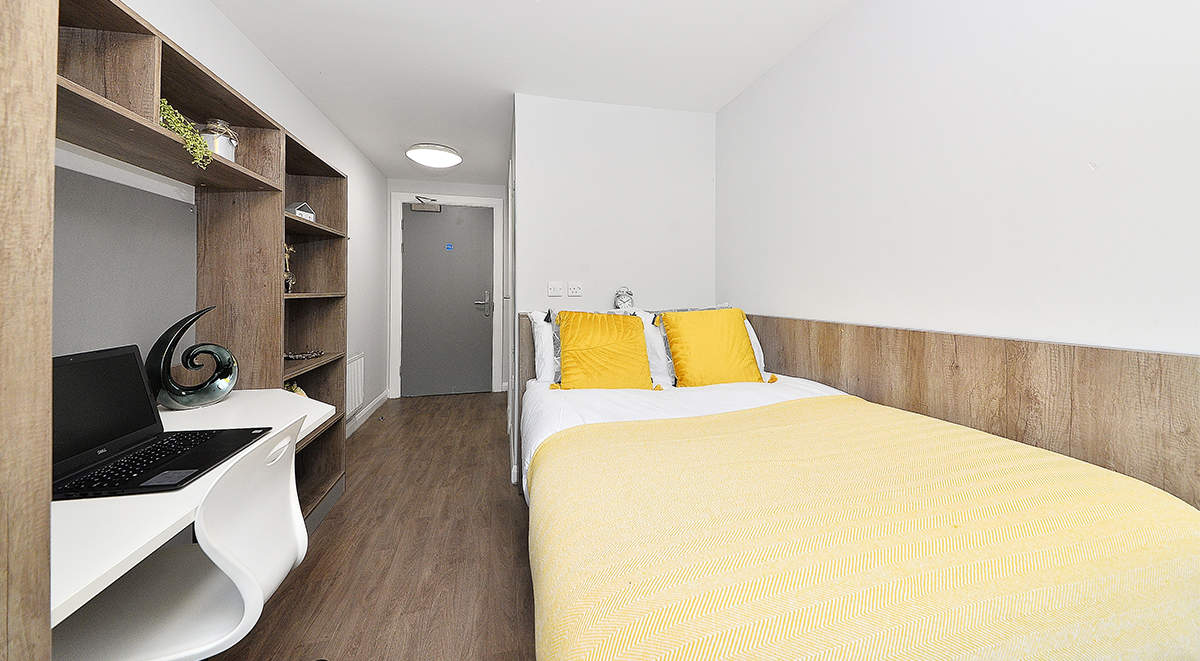 15-student-accommodation-edinburgh-the-mill-house-gold-ensuite_20(1)