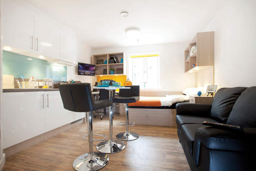 Exeter_student_accommodation_iron_bridge_studios_studio_2