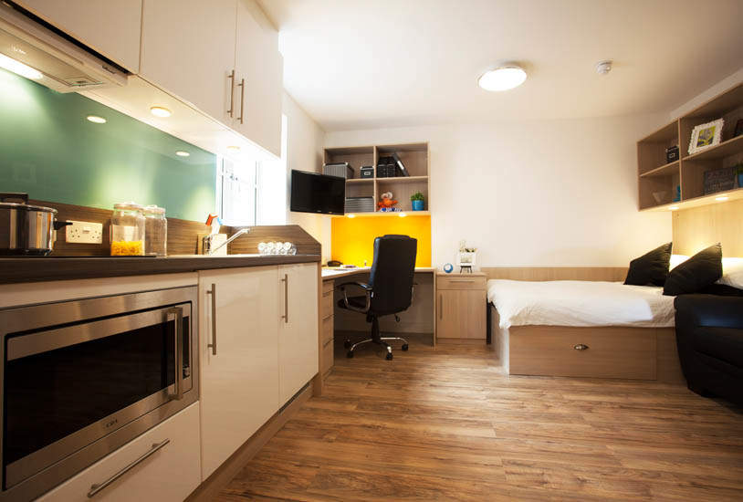 Exeter_student_accommodation_iron_bridge_studios_studio_5