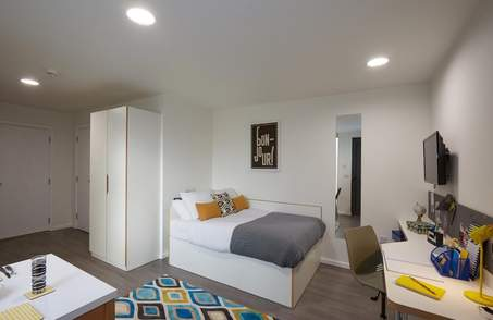Gold Studio Plus in Student Residence