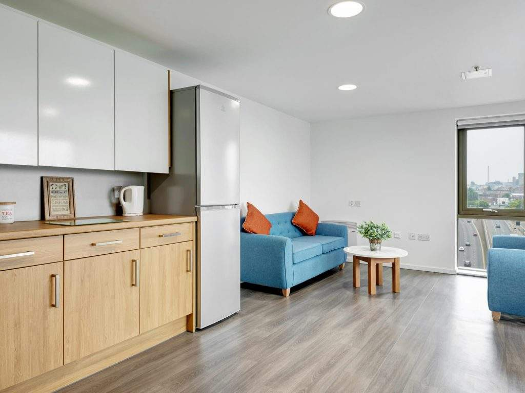 Fresh-student-living-liverpool-byrom-point-06-shared-flat-living-area-photo-03-1024x768