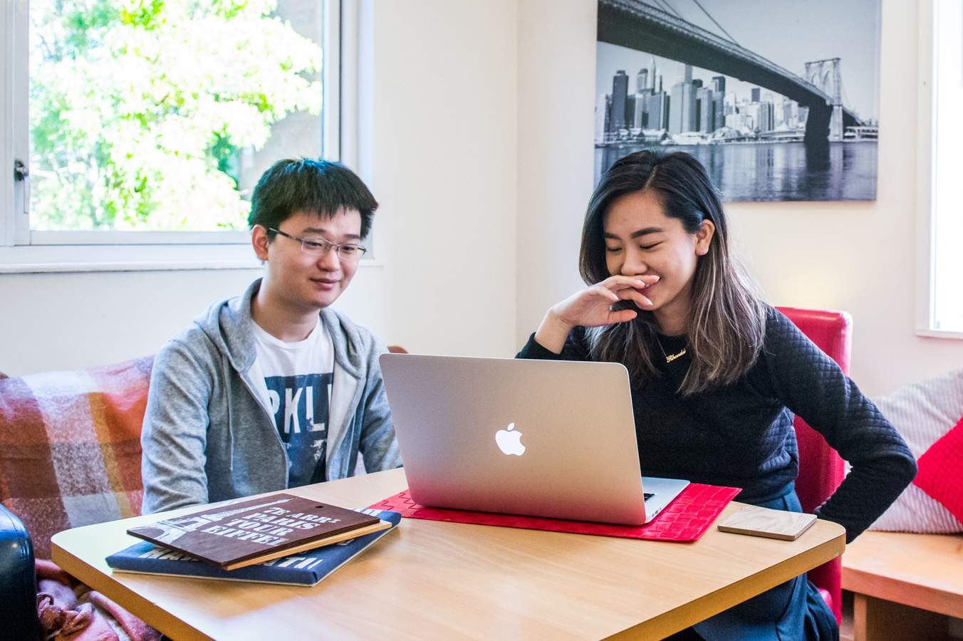 Cc_-_lounge_with_students_05_(low_res)
