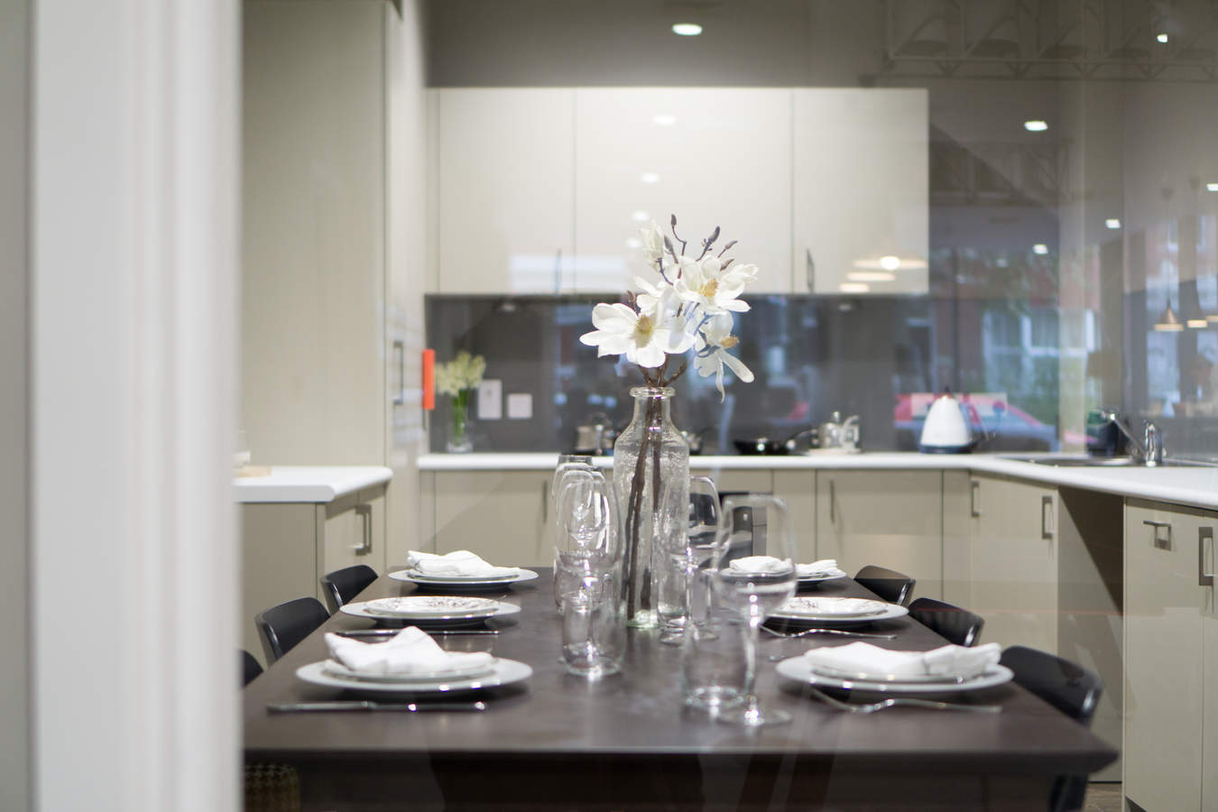 9.residents_private_dining