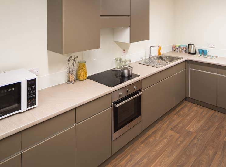 Birmingham_student_accommodation_selly_oak_student_quarter_crm_students__2_