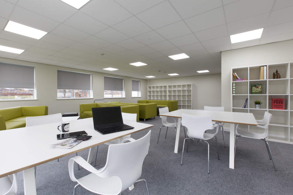 Selly_oak_student_accommodation_work_room_1