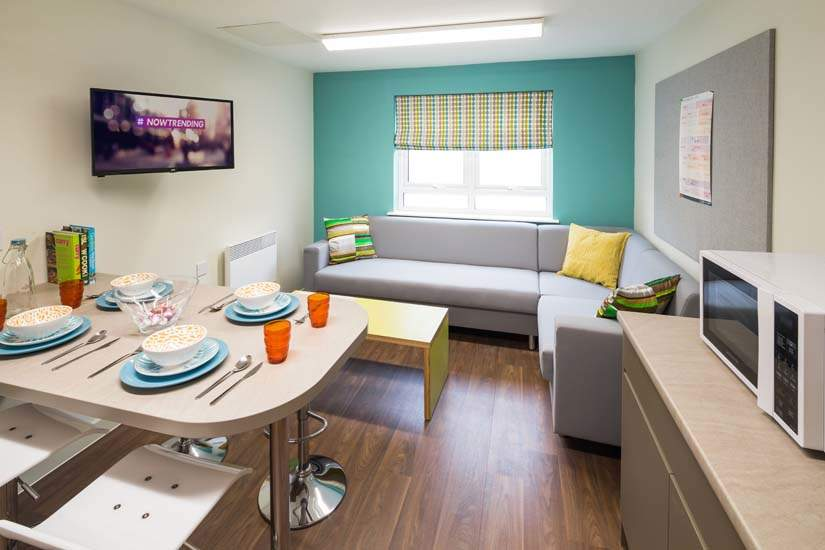 Birmingham_student_accommodation_selly_oak_student_quarter_crm_students__7_