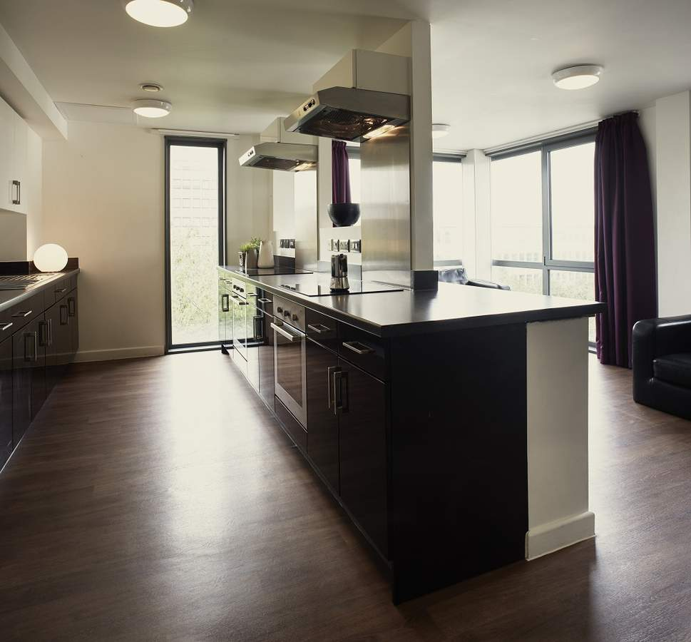 Astor_nine_bed_cluster_kitchen_b107_rtc