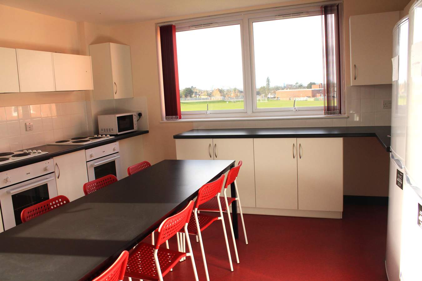 Kitchen-loddon-house-53076528f1f97
