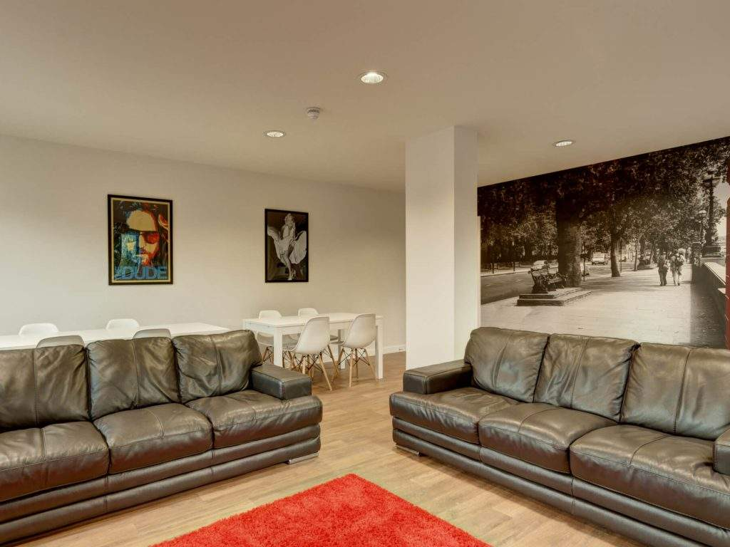 07-fresh-student-living-london-central-studios-ealing-02-social-space-photo-03-1024x768